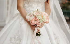 Choosing The Right White Wedding Dress For You